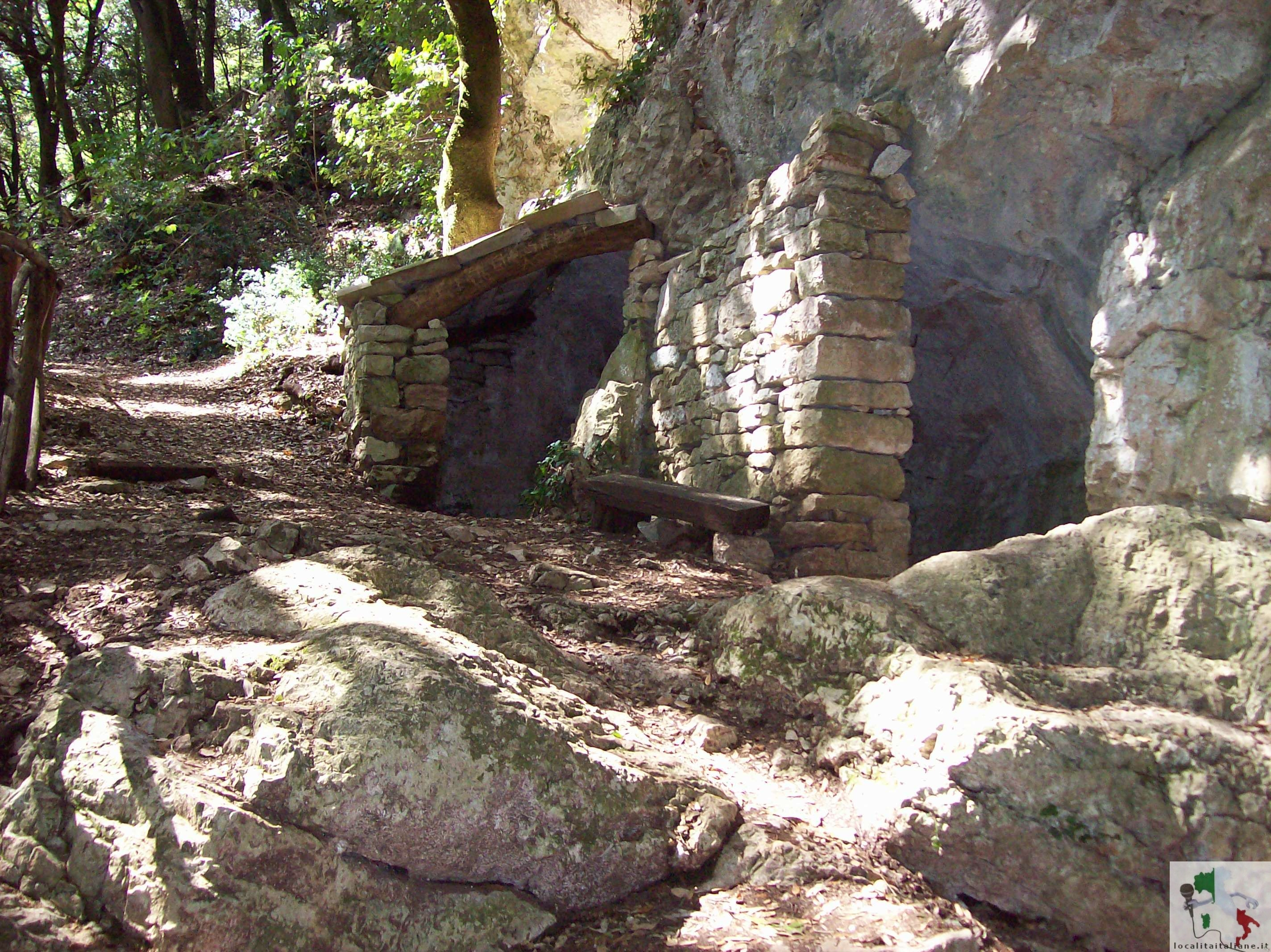 grotta di Silvestro