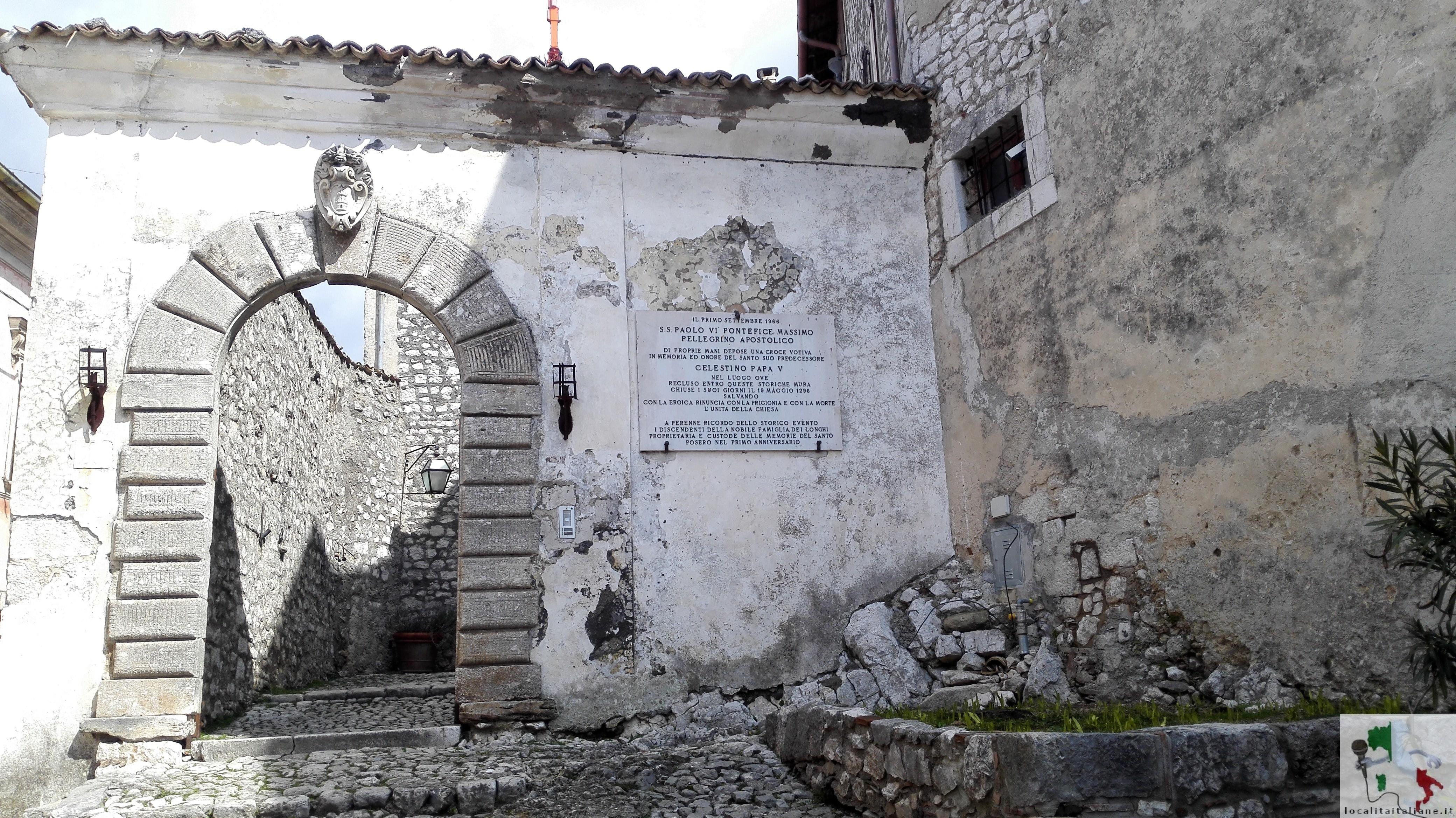 ingresso al castello di Fumone