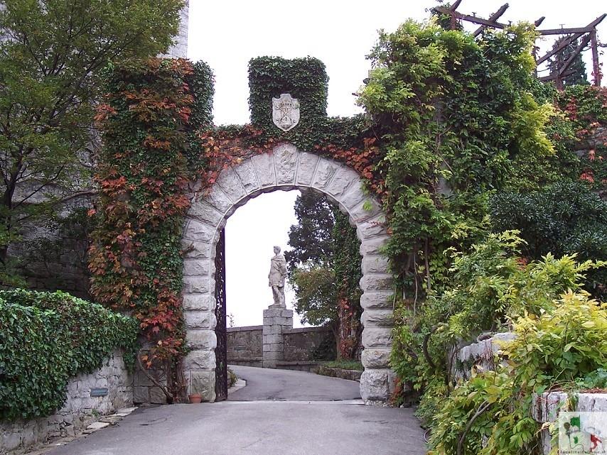ingresso del castello di Duino