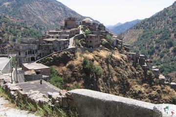 Roghudi Vecchio, una suggestiva città fantasma