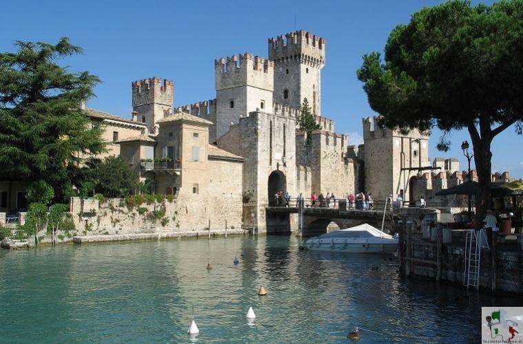Castello Scaligero di Sirmione, un esempio di fortificazione lacustre