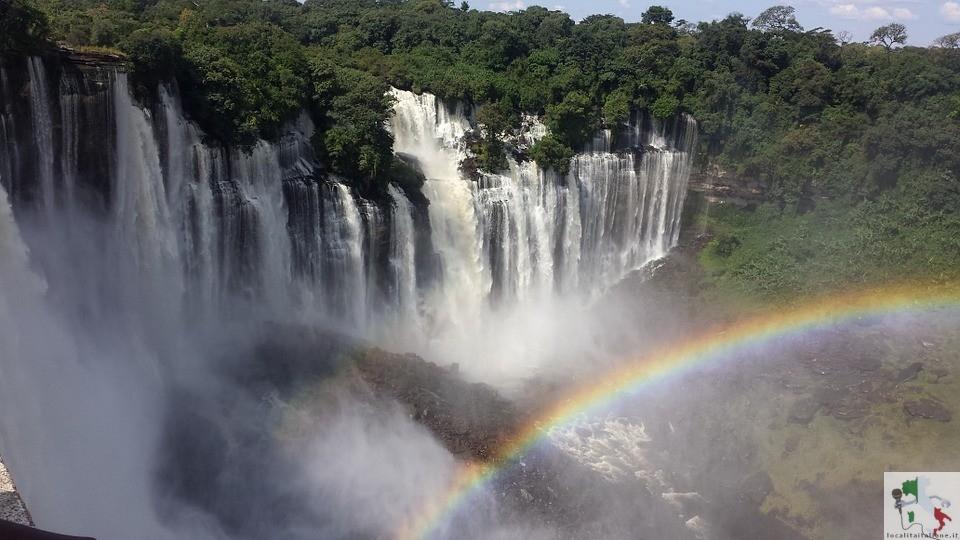 lo spettacolo della cascata