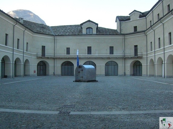 bard, cortile interno