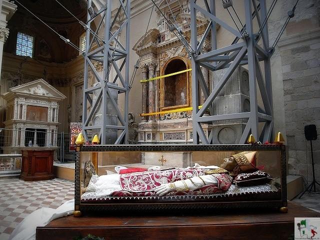 mausoleo di celestino V
