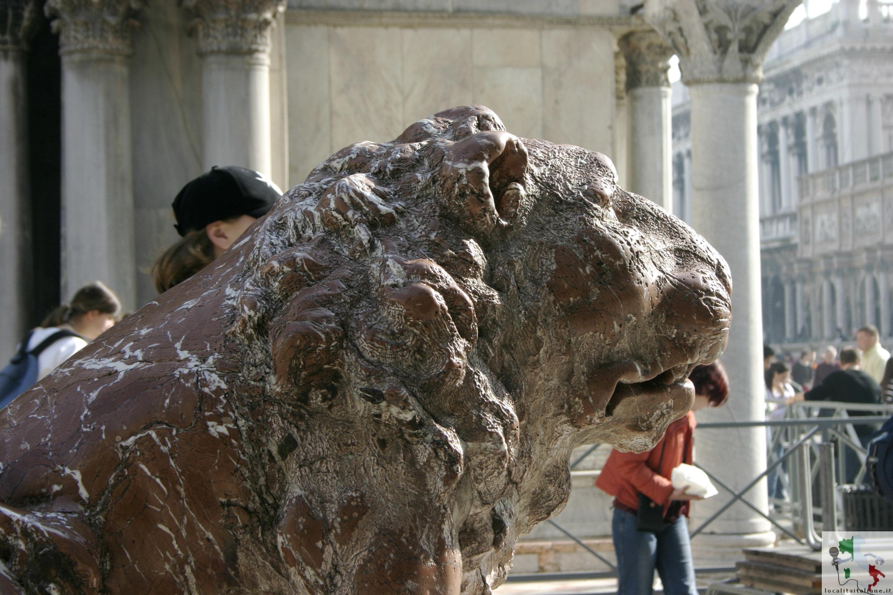 piazzetta leoncini