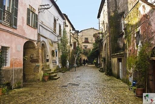 strade del borgo